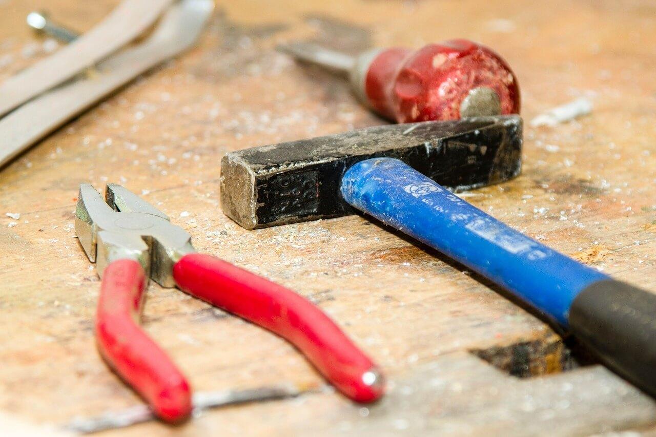 Handwerkerleistungen: Kein Steuerbonus für Arbeiten im Handwerksbetrieb?
