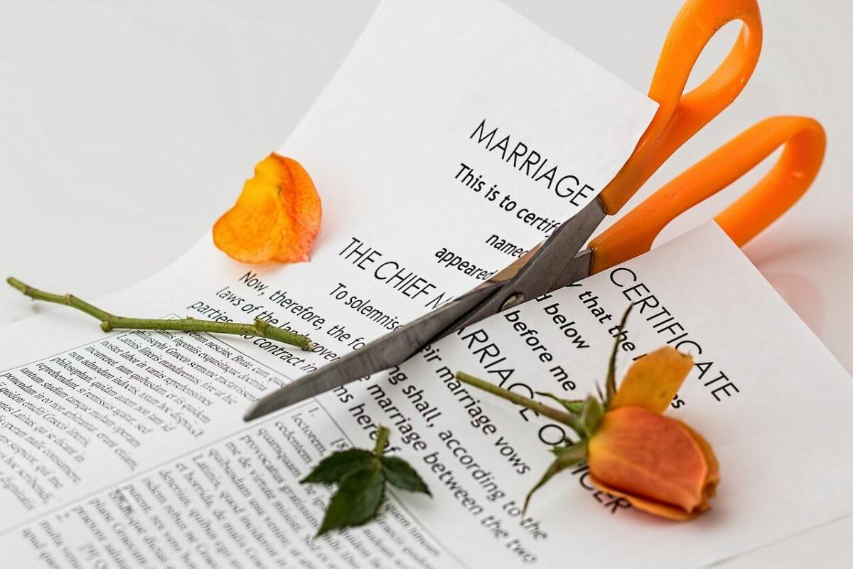 Geschiedene: Krankenversicherungsbeiträge für den Ex-Gatten absetzbar
