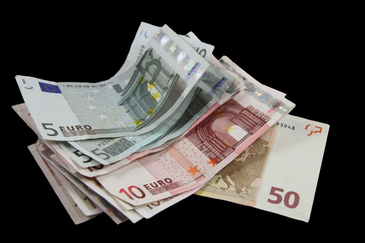 Unterhalt an Angehörige im Ausland: Verschärfter Nachweis bei Bargeldübergabe