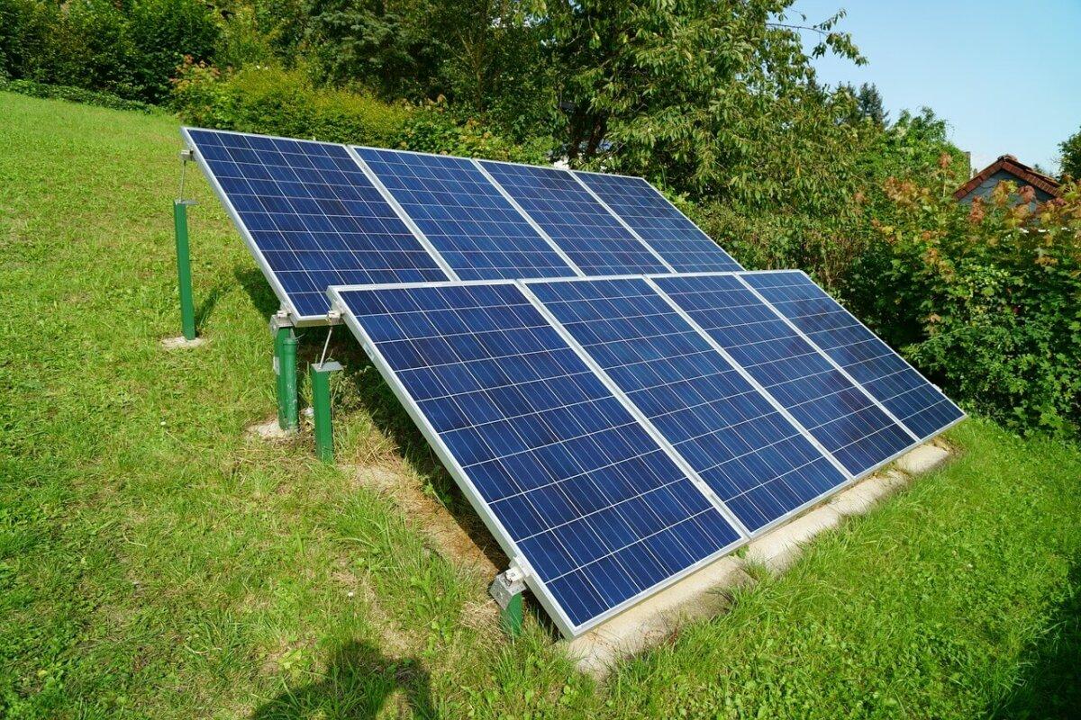 Arbeitszimmer zur Verwaltung der Fotovoltaikanlage absetzbar?