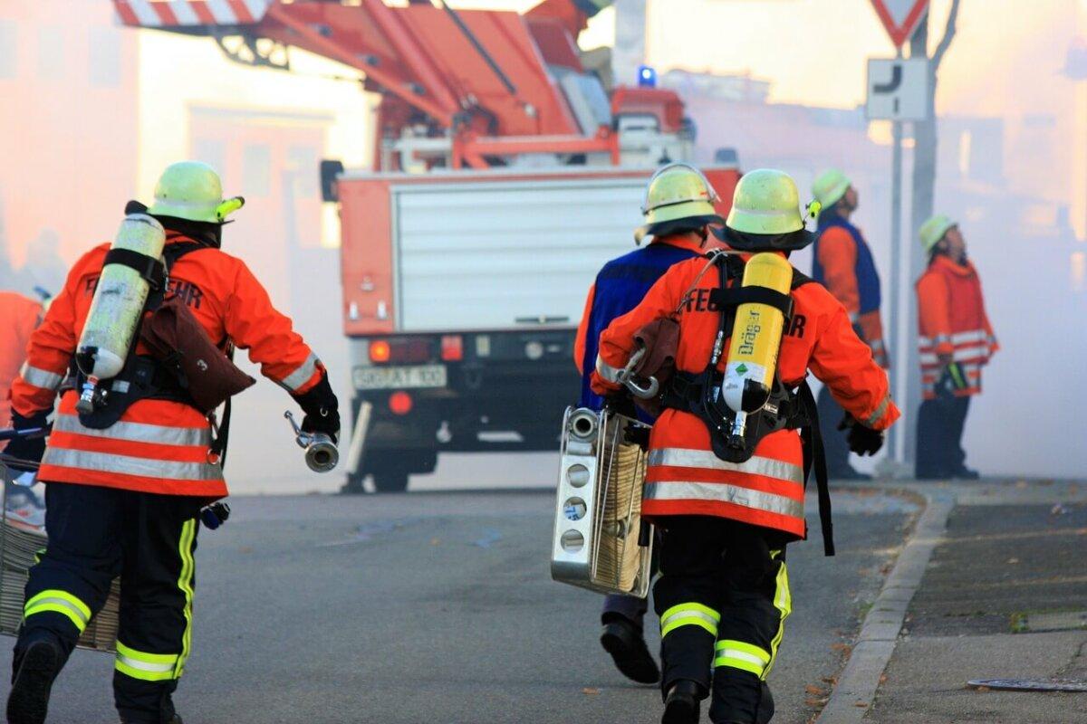 Verlängert der Dienst im Katastrophenschutz den Kindergeldanspruch?