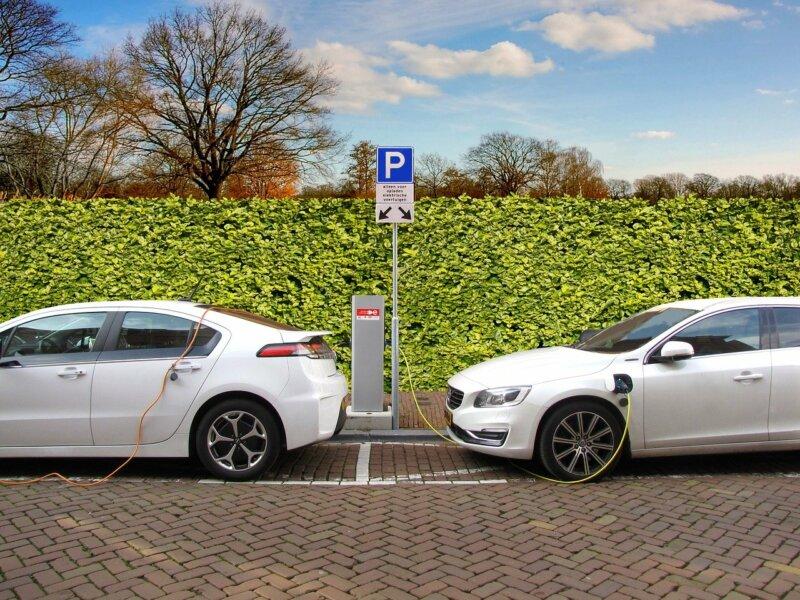 Elektrofahrzeuge: Schätzung der Stromkosten für das Aufladen