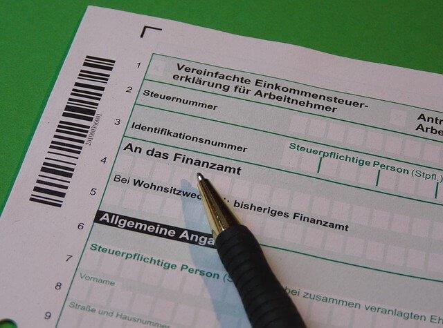 Einkommensteuer: So viel zahlen Minderjährige in Deutschland